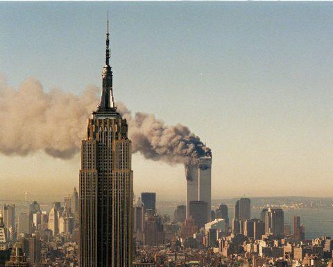 Broodje Aap Valse Voorspellingen Over 911 Loreley Verhalen